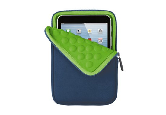 "Immagine di Trust 18780 - Anti-shock Bubble Sleeve for 7"" tablets - blue"