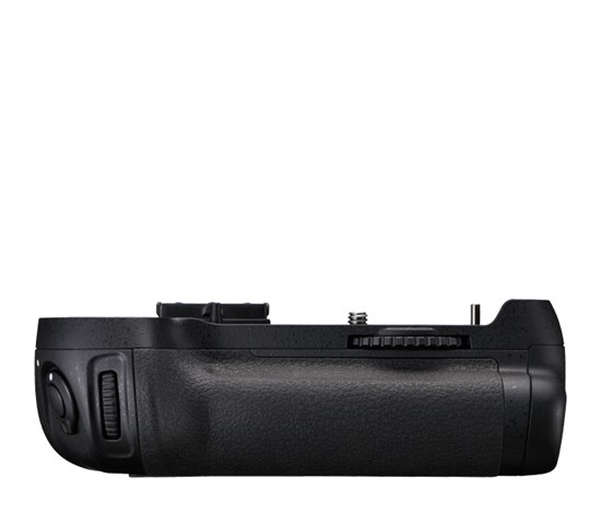 Immagine di Nikon MB-D12 - Multi Power Battery Pack per D800