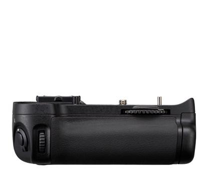 Immagine di Nikon MB-D11 - Multi Power Battery Pack per D7000