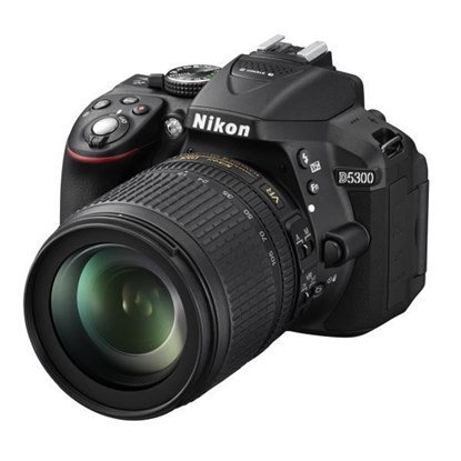 Immagine di Nikon D5300 + Nikkor 18-105 VR + SD 8 GB 100X